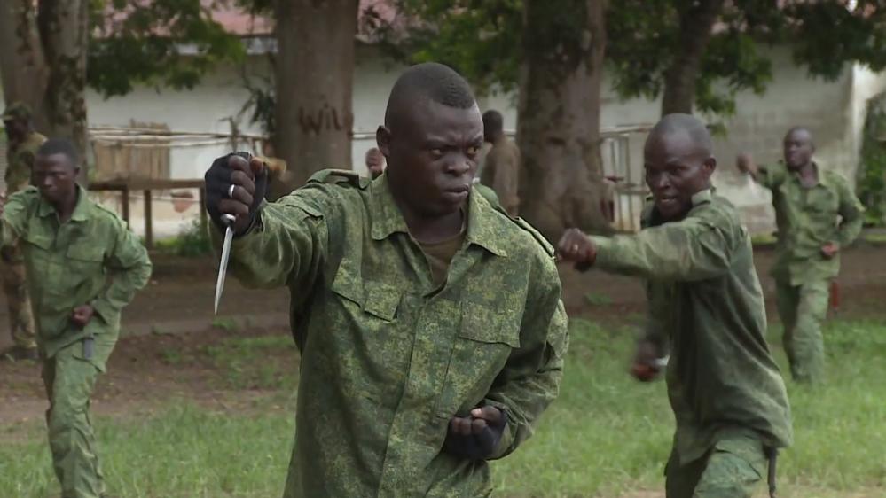 جنود حكومة جمهورية أفريقيا الوسطى اثناء التدريب