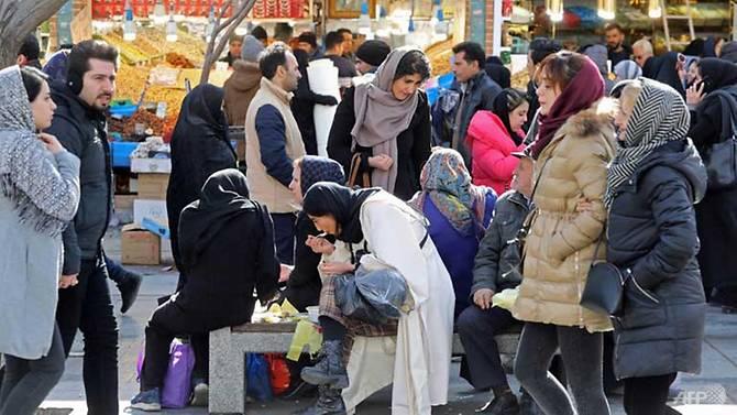 فيروس كورونا الجديد يقتل شخصان في إيران في أول حالات وفاة في الشرق الأوسط